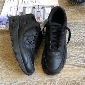 Air Max 90 In All Black